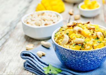 Mango, Rasin And Coconut Chicken Curry