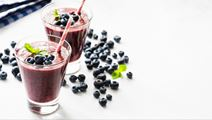 Acai Milk with Blueberries