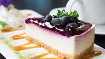 Cheesecake with Blueberries and Salted Caramel