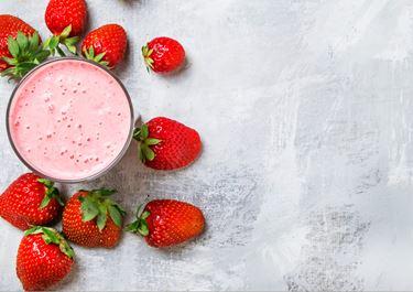 Baobab Milk with Strawberries