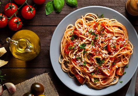 Spaghetti in Tomato Sauce