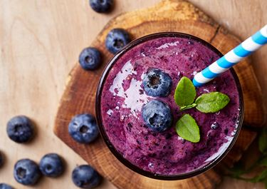 Blueberry Smoothie with Cardamom