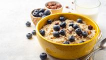 Porridge with Blueberries and Hazelnuts