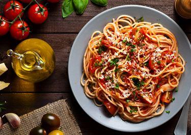 Rich Tomato Sauce Pasta