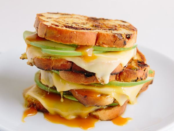 Gouda and Apple Cinnamon Swirl Grilled Cheese