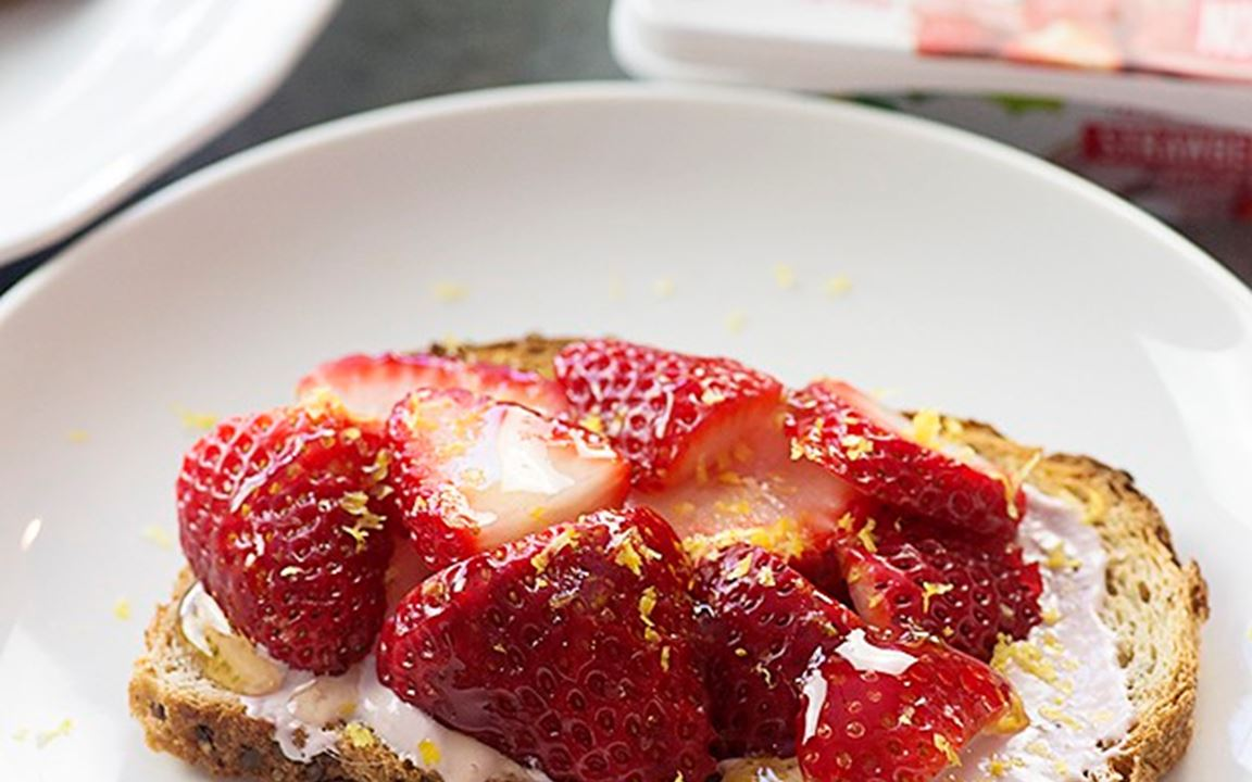 Strawberry Lemon Toast