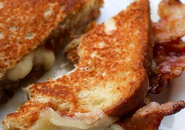 Grilled Cheese with Havarti, Bacon, Caramelized Pears, and Honey