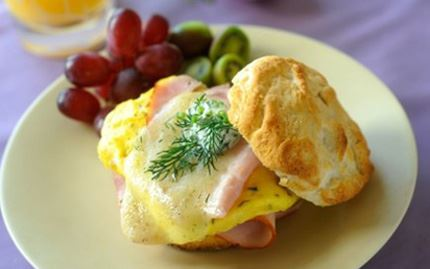 Breakfast Biscuit with Egg & Ham