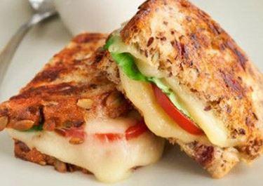 Grilled Havarti & Tomato Sandwiches on Cranberry Bread