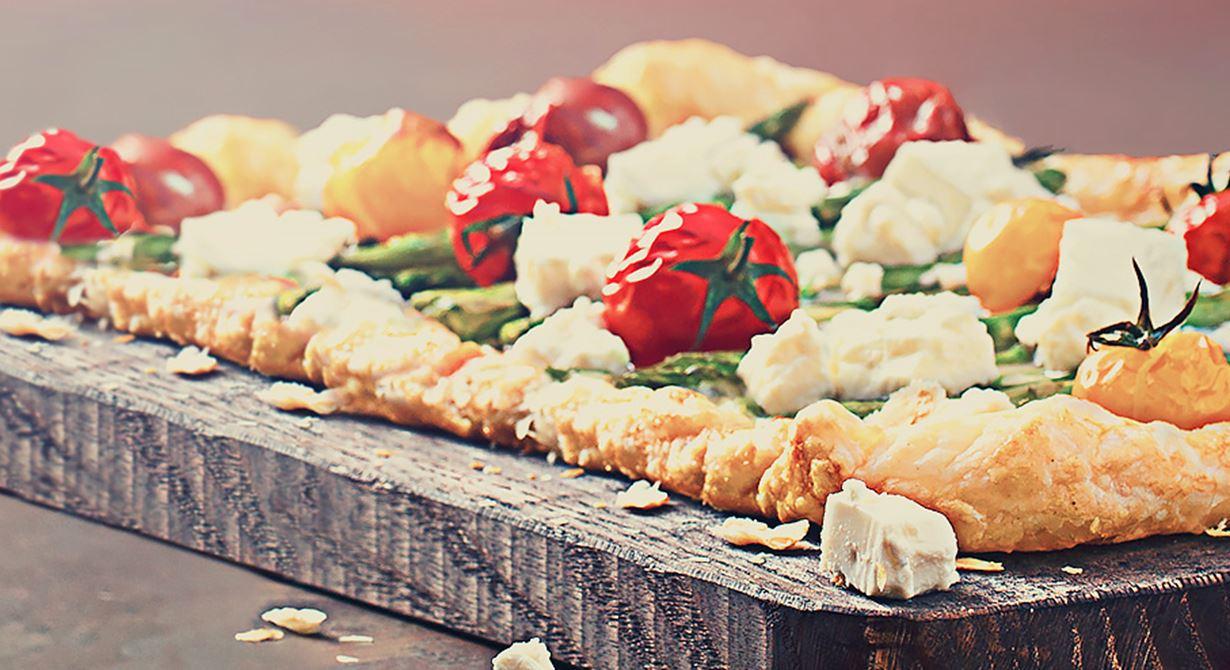 تارت الطماطم والهليون