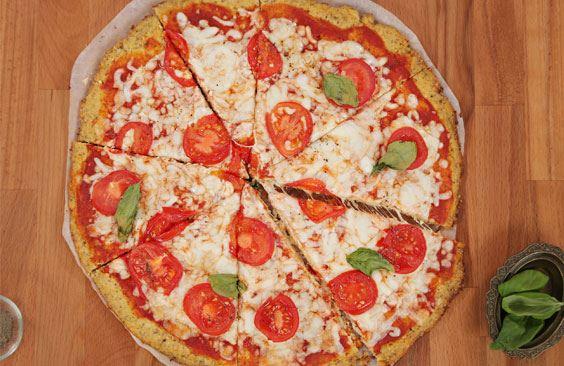 بيتزا مارغريتا الزهرة بجبنة موزاريلا بوك