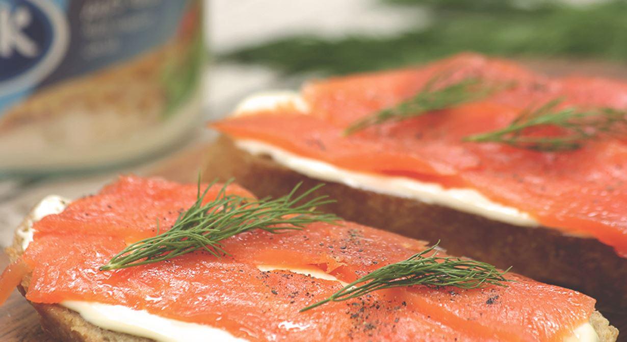 Puck Cream Cheese and Salmon Bruschetta