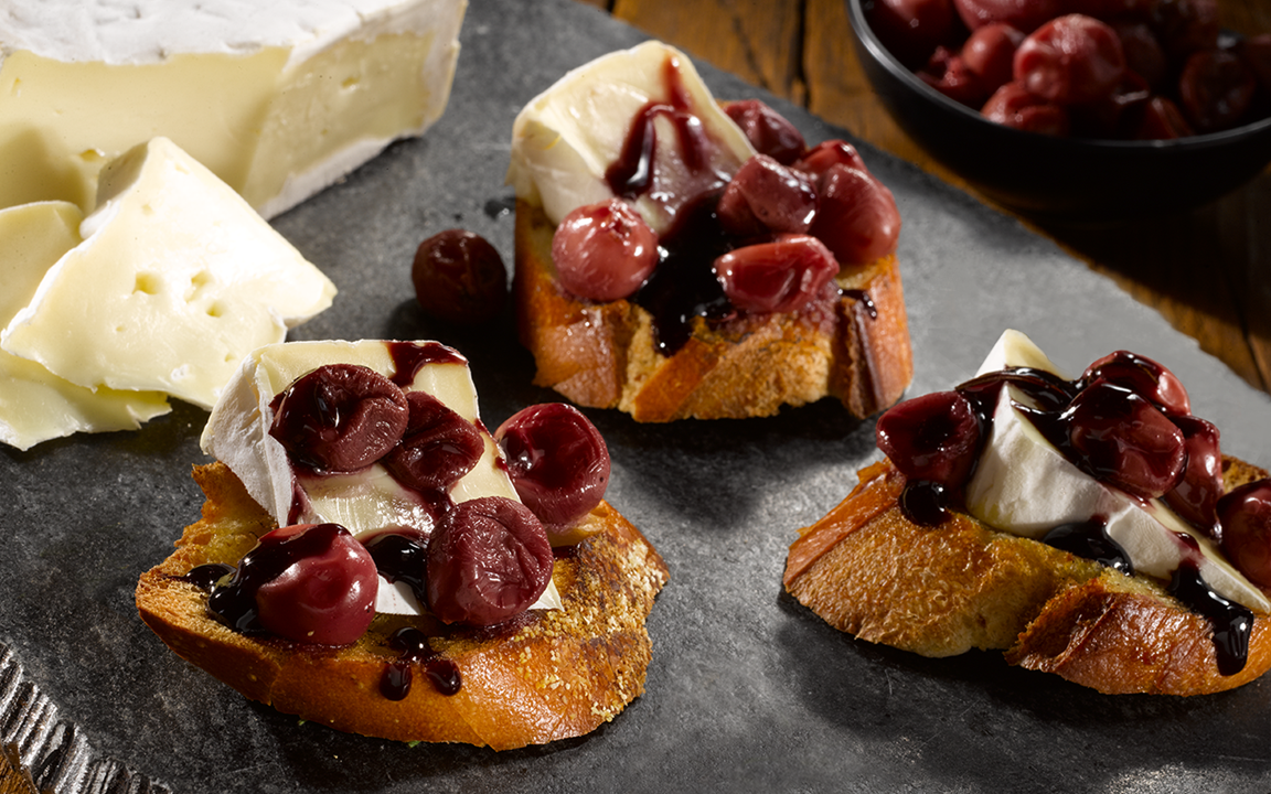 Double Cream Brie with poached grapes