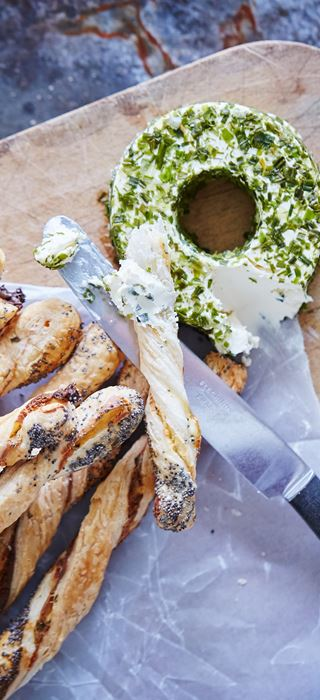 Puff Pastry Breadsticks with Chive & Spring Onion Cream Cheese