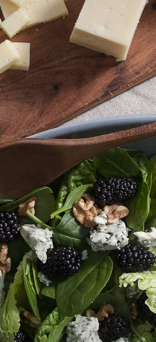 Romaine Salad with Blue Cheese, Blackberries & Walnuts