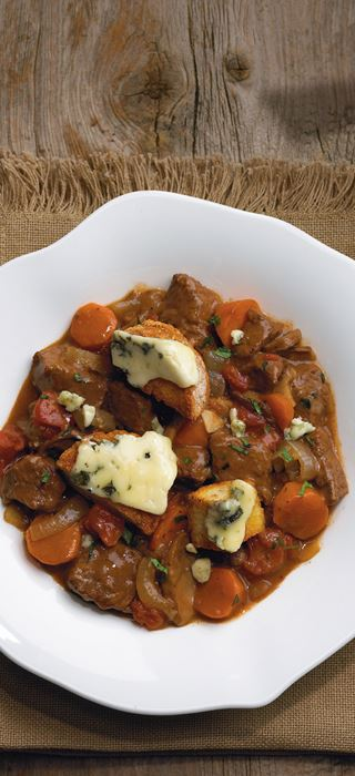 Beef Ragoût with Blue Croutons
