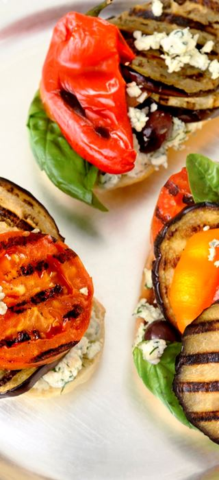 Grilled aubergine and tomato sandwich with Blue Cheese