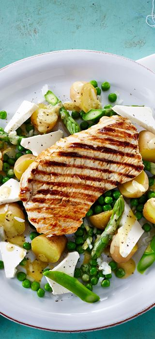 Potato salad with green asparagus