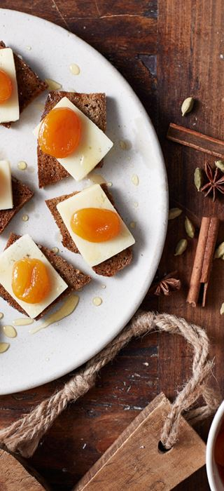 Fromage Havarti âgé aux abricots marinés