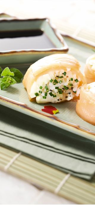 Lachs-Sushi mit Extra cremiger White