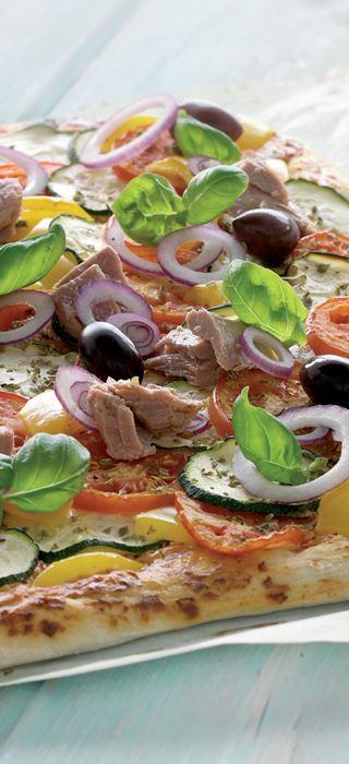 Pizza Nicoise mit Pikant Frischkäsering