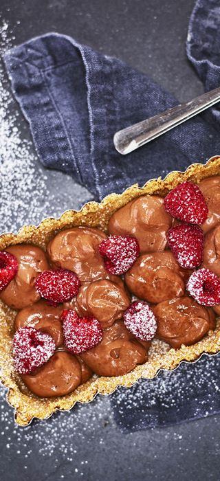 Schokoladen-Tarte mit Himbeeren