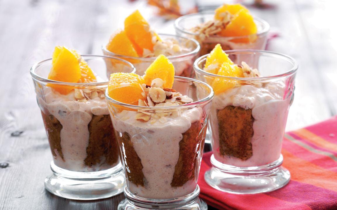 Tiramisu mit Rum Frischkäsering und kandierten Orangen