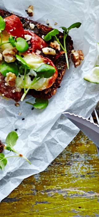 Warmes offenes Sandwich mit Chorizo und Extra cremiger White