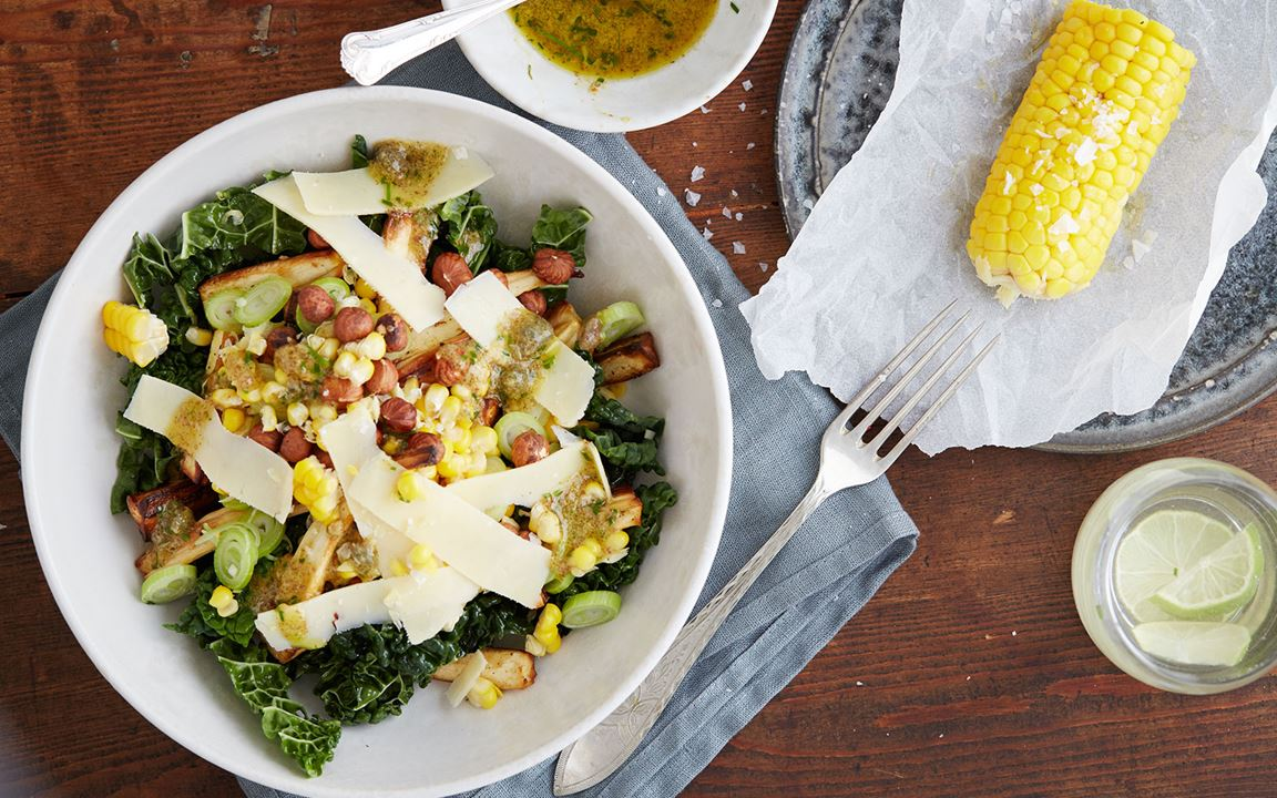 Autumn salad with corn, parsnips, Havarti and nuts