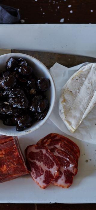 Balsamic mushrooms & White with Chili