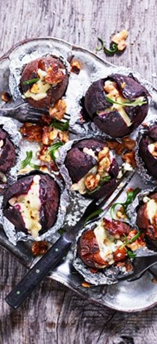 Beetroots with Blue Cheese, Honey and Rosemary
