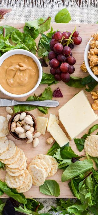 Cheese board with caramel corn