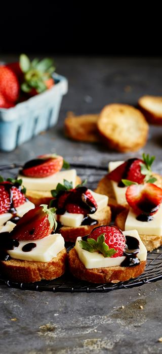 Havarti and strawberry crostini