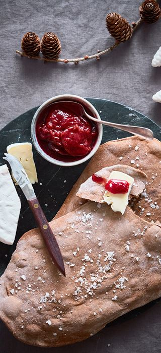 Giant crisp breads with plums and Creamy White