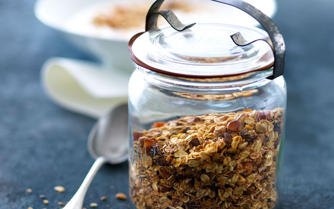 Granola with coconut