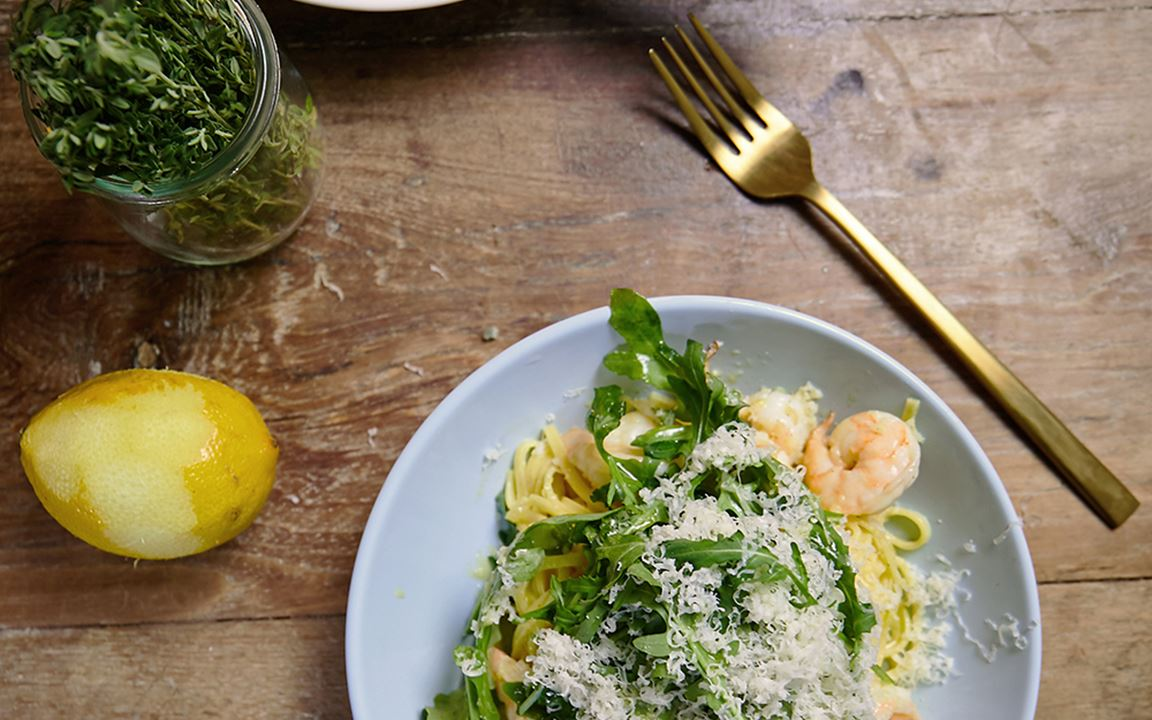 Prawn pasta with lemon and cheddar sauce