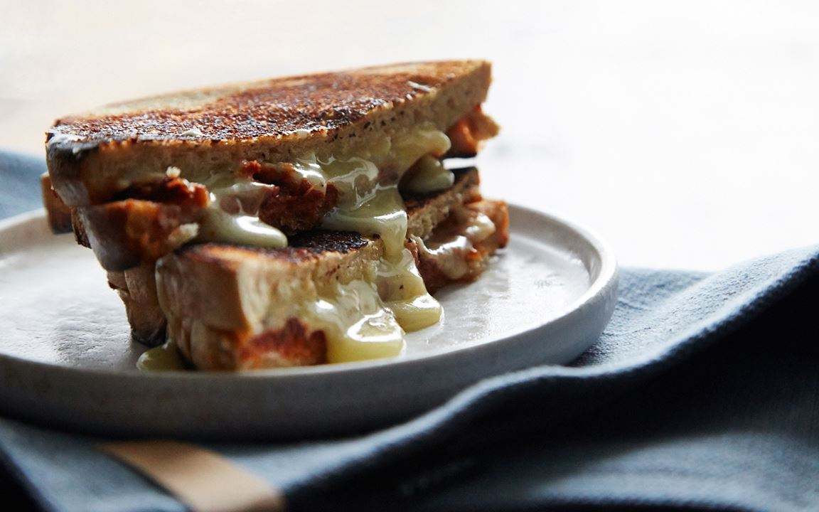 Toasted sandwiches with tomato pesto and White with Truffle