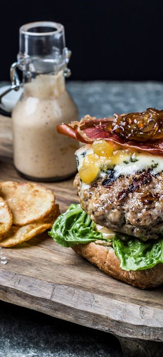 Ultimate gourmet burger with pork, blue cheese and apple