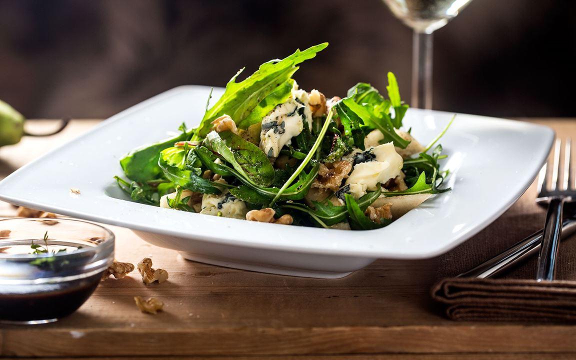 Fifth Avenue walnut salat med Castello® Blå Økologisk