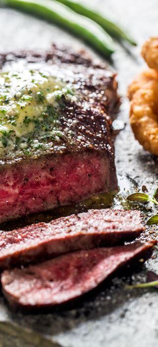Saftig pepperbiff med Castello Blå