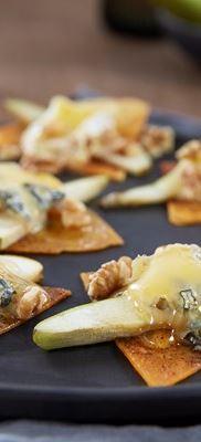 Tortilla med smeltet ost og pære