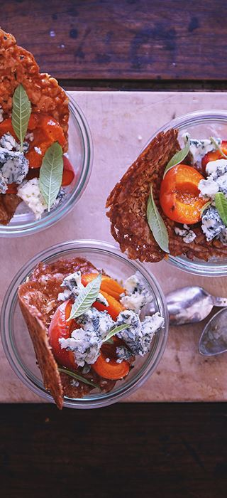 Baked apricots with blue cheese and walnuts tuiles