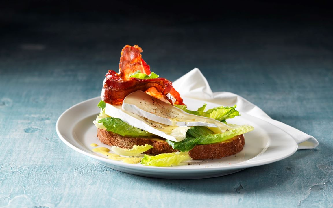 Caesar sandwich with Extra Creamy Brie