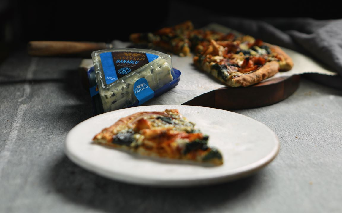Danish Blue Cheese and BBQ Chicken Pizza