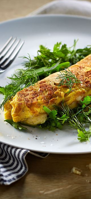 Omelette with mature cheddar