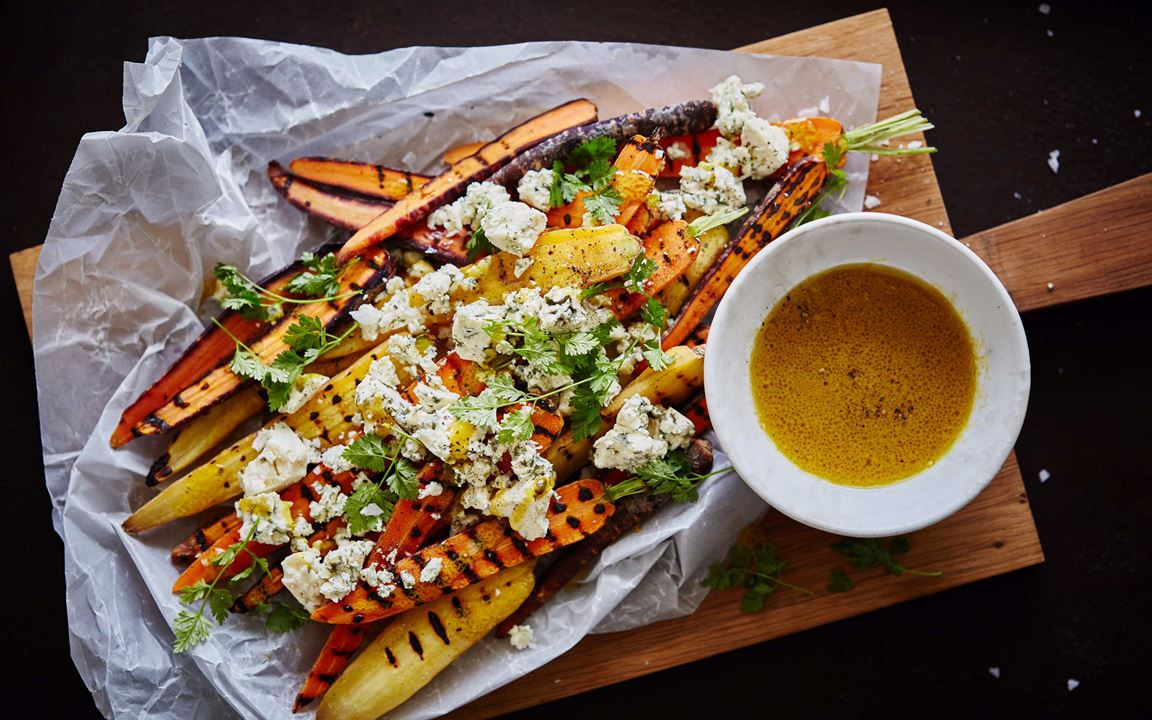 Grilled carrots with Traditional Danish Blue