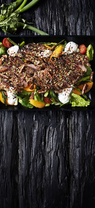 Grilled pork chops with mango salad