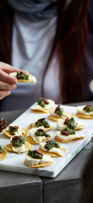 Tortilla Snack with Creamy Brie and green pesto