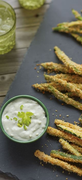 Vegetable 'frites' with blue cheese yogurt dip