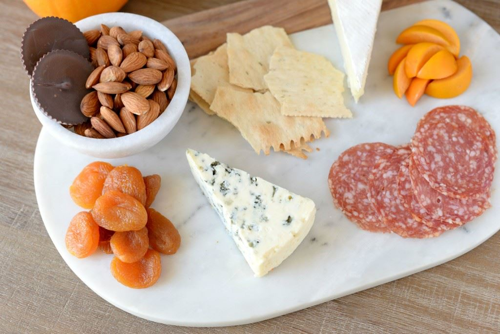 5-minute cheese board
